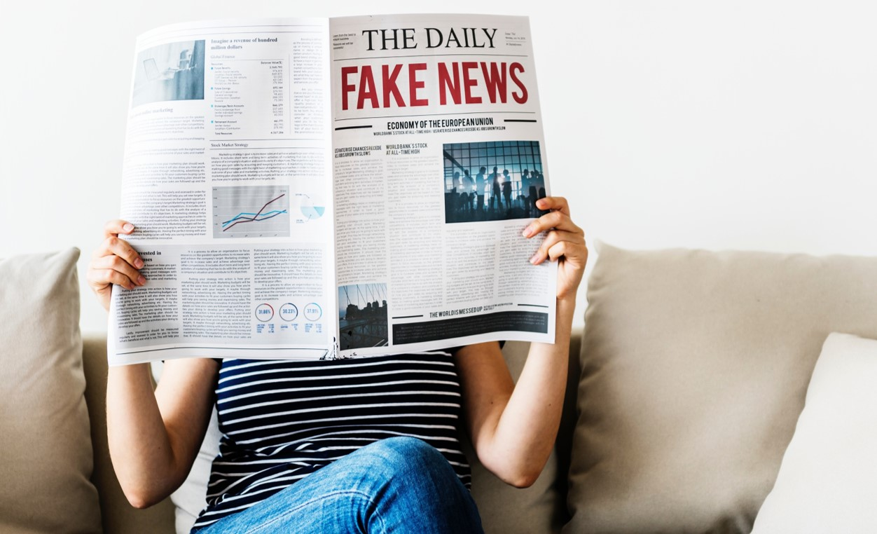 Fakes News, photo by rawpixel on Unsplash